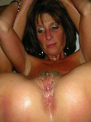 Real amateur MILF sex photos