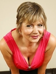 Horny mature lady having the time of her life