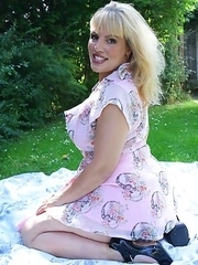 Hot Blonde British mom playing on a picnic