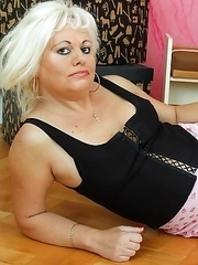 Blonde housewife getting wet and wild