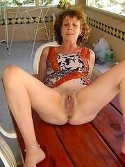 Nude mature women, GFs and Ex-GFs