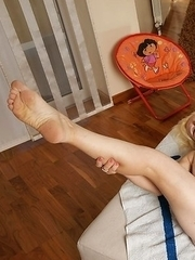 This blonde mature slut loves to get naked and dirty